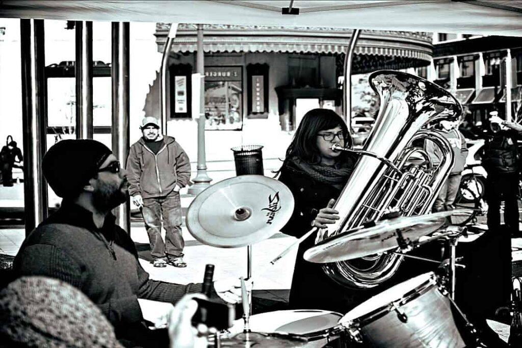 historia de la tuba