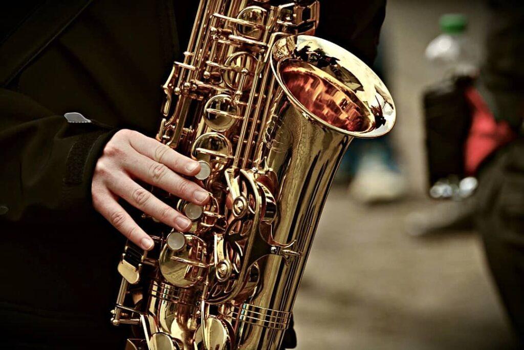 saxofon tocando