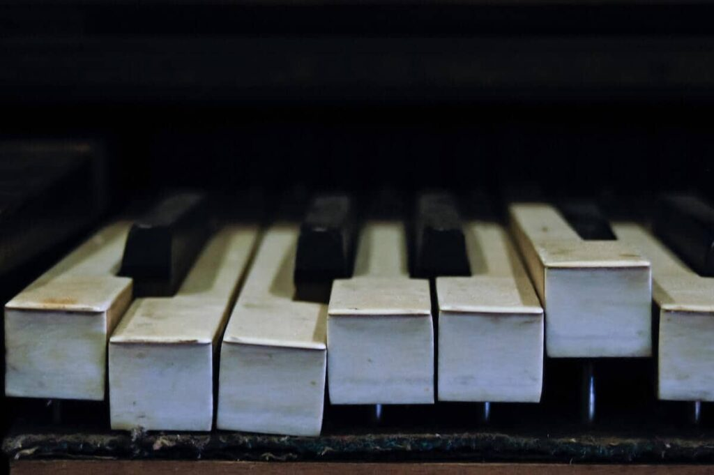 soñar tocando con un piano